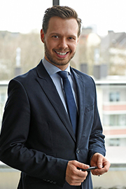 Lukas Kienzle, LL.M. (College of Europe, Brügge)